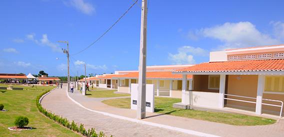 antigos-asilos-X-residenciais-atuais