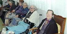 Cerca-de-3100-idosos