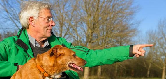 viviendo-con-un-perro-se-conoce-la-gente