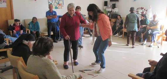 ler-no-lar-reintegra-a-populacao-idosa-na-sociedade