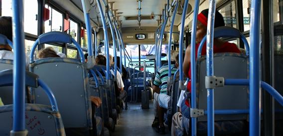 o-transporte-publico-garante-a-mobilidade-de-idosos-que-buscam-a-convivencia-social