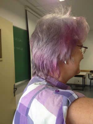 parar-de-tingir-o-cabelo-e-deixa-lo-branco-quem-se-atreve