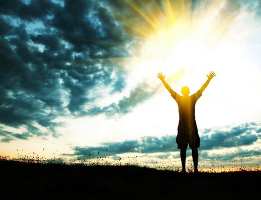 a-forca-do-otimismo-e-das-emocoes-positivas-no-enfretamento-das-doencas-do-envelhecimento